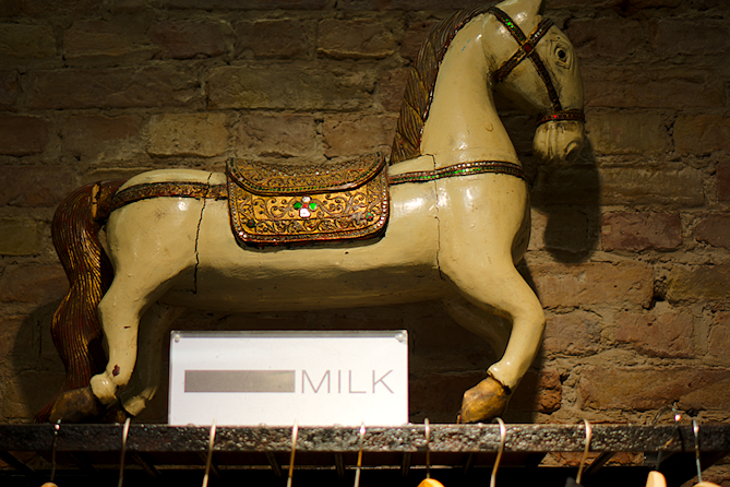 Milk bei RAU Berlin