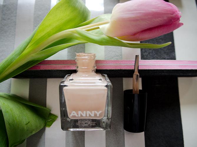 Nail polish by ANNY