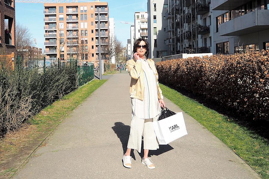 Sunny Day & Shoppingtime