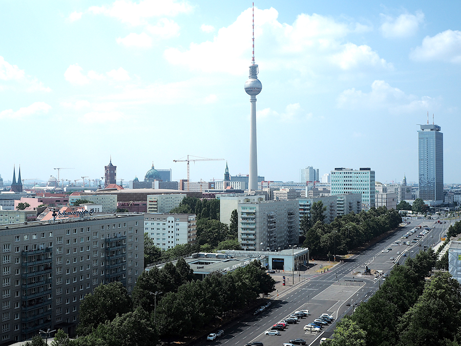 Just-take-a-look.berlin-Rooftop-Open Studio & Sale - Therapy, recycle and exorcise
