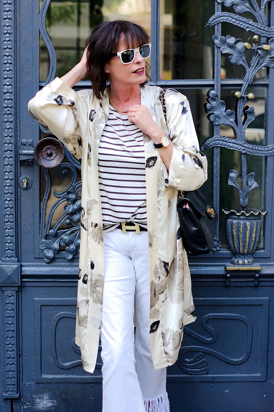 Just-take-a-look.berlin - Silk & Denim-Outfit