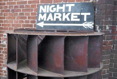 just-take-a-look-berlin-night-market-x-glashaus