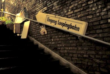 just-take-a-look-berlin-loopingbahn-new-studio-store-x-mas-sale-bei-Thoas-Lindner
