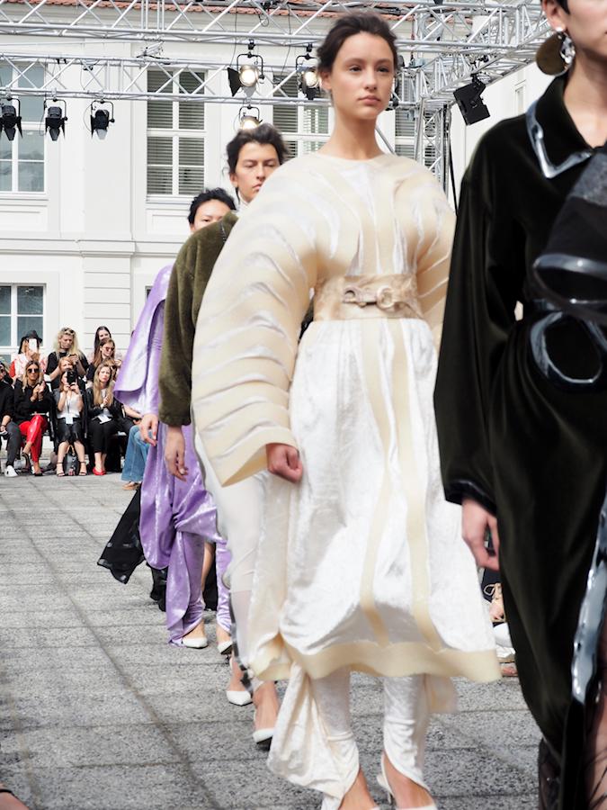 Just-take-a-look.berlin - Fashion Week Summer Edition 2017 Tag 3