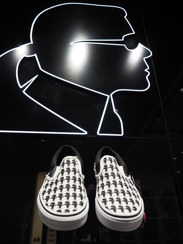 Just-take-a-loo Berlin - Karl Lagerfeld meets Vans