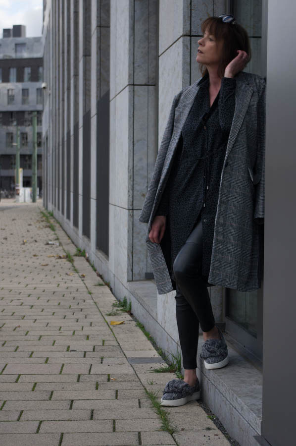 Just-take-a-look Berlin - Outfit Time to get dressed for fall- Herbstoutfit - 37.1
