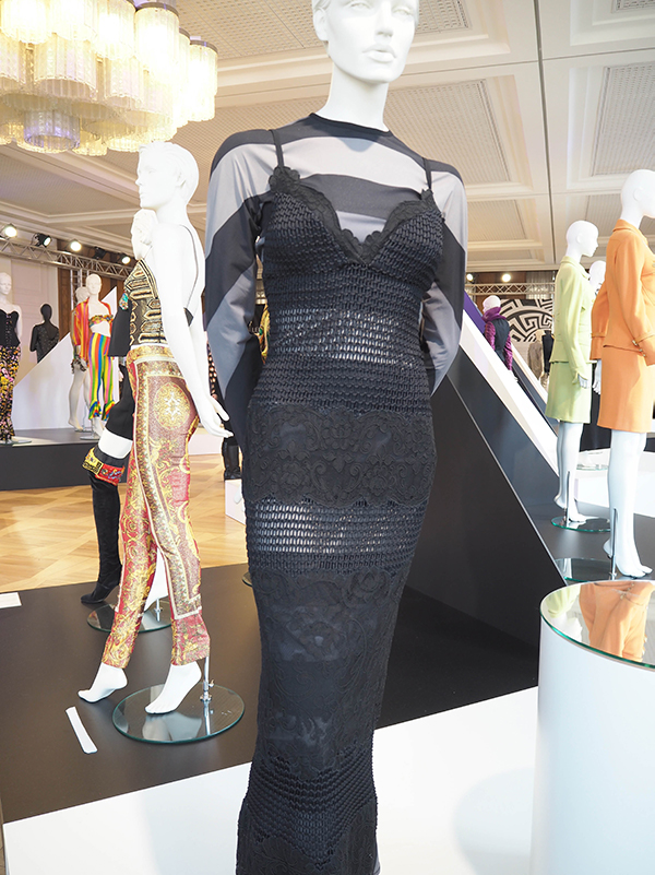 Just-take-a-look Berlin - Gianni Versace Retrospective_-11