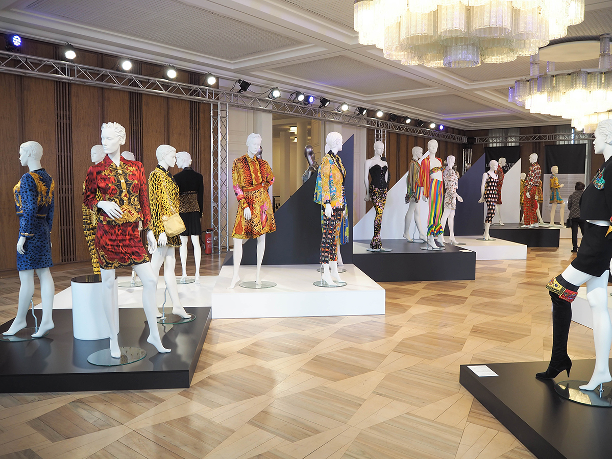 Just-take-a-look Berlin - Gianni Versace Retrospective_-16