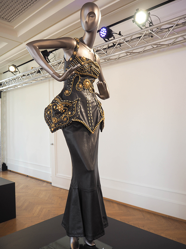 Just-take-a-look Berlin - Gianni Versace Retrospective_-19