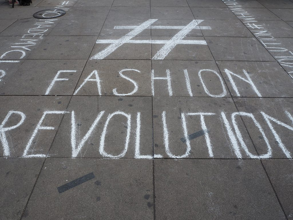 Just-take-a-look Berlin - Fashion Revolution Week 2018 - Run it ur way
