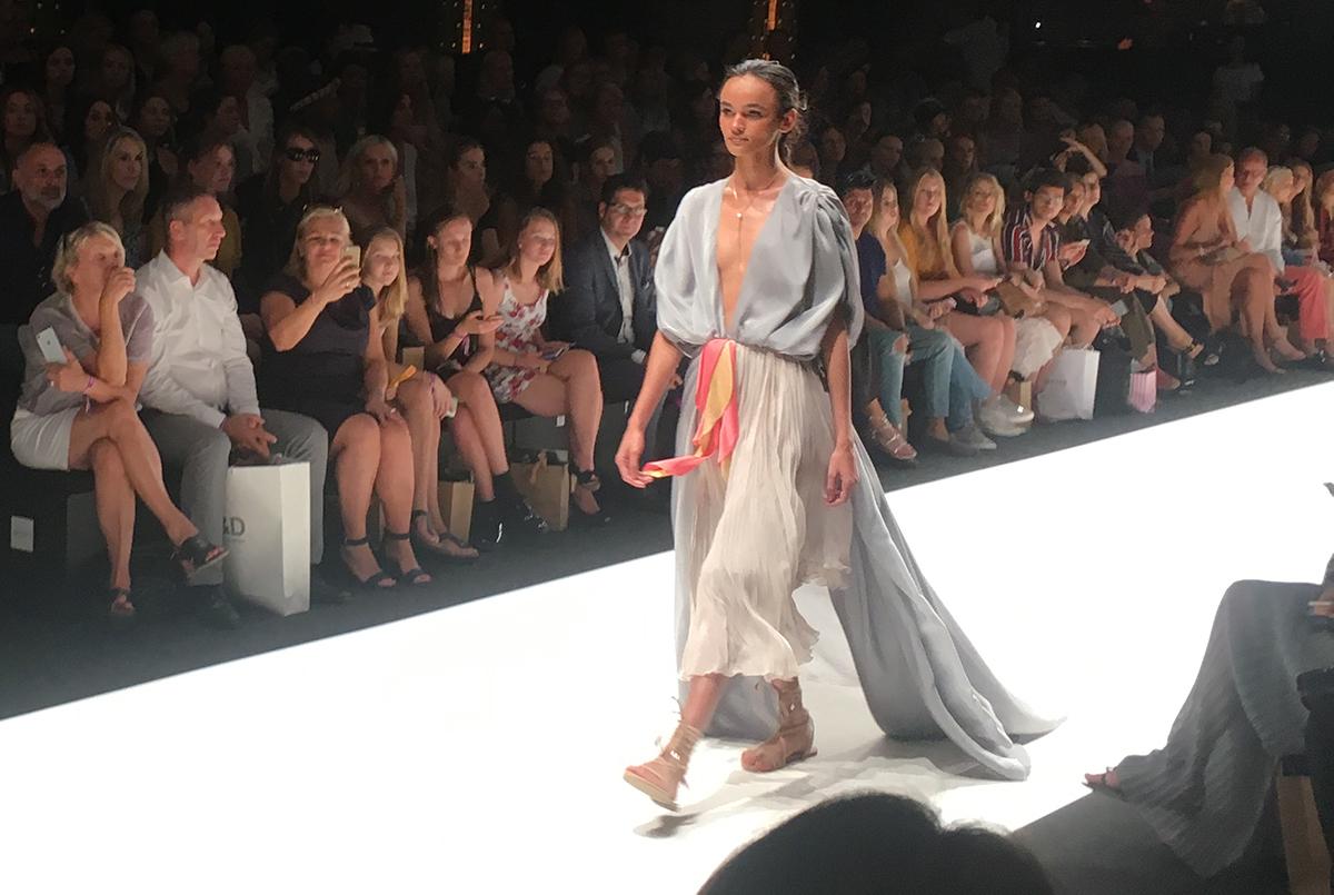 Just-take-a-look Berlin Lana Mueller MBFW Sommer 2019 8