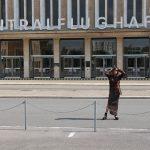 Just-take-a-look Berlin - Outfit - Tempelhof -Damentaschen Luisaviaroma-03