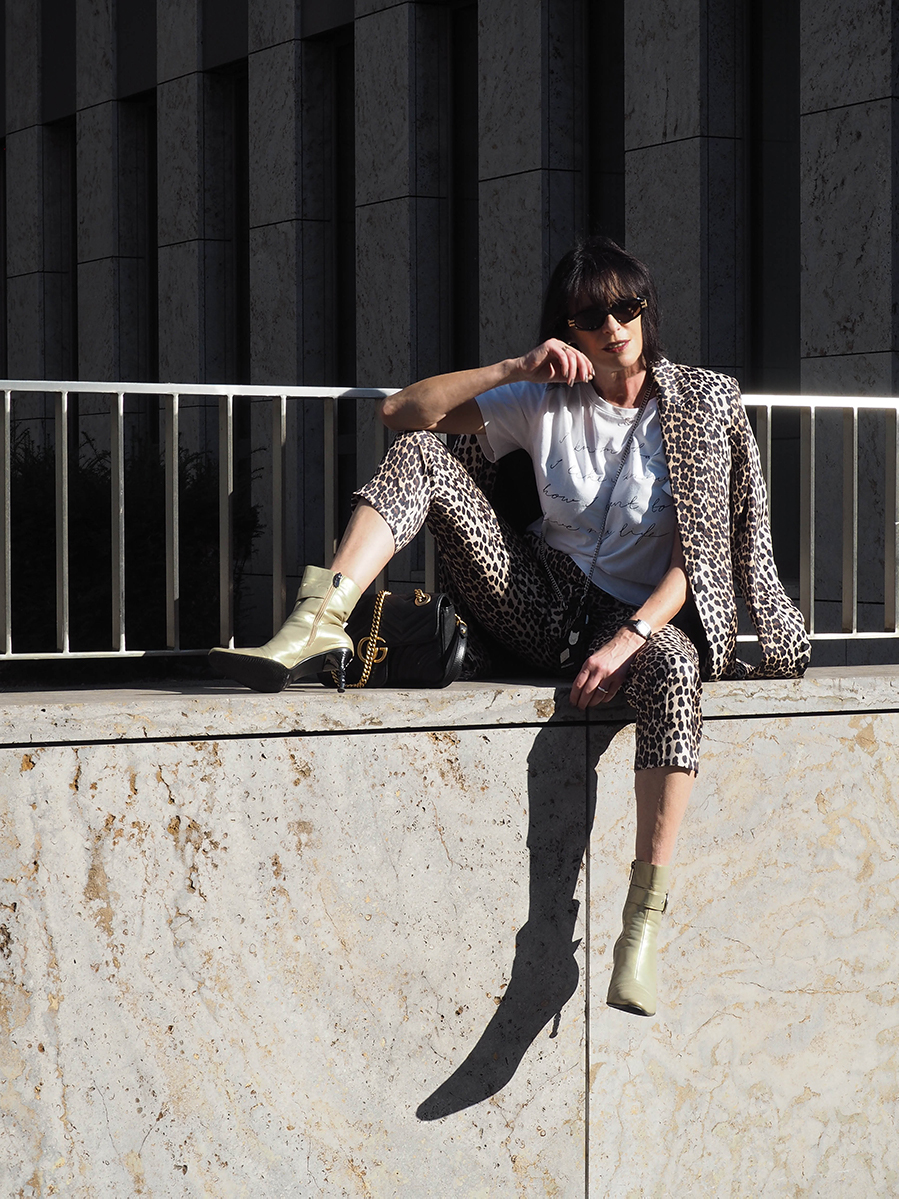 Just-take-a-look Berlin - Mädelstag mit Beauty und Fashion - Outfit Animal Print for Fall-13.1