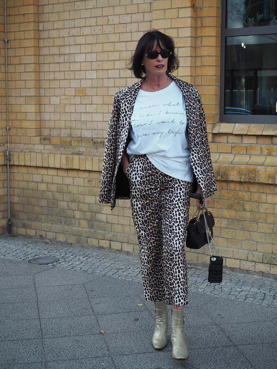 Just-take-a-look Berlin - Jahresrückblick 2018 Mädelstag mit Beauty und Fashion - Outfit Animal Print for Fall-7.1