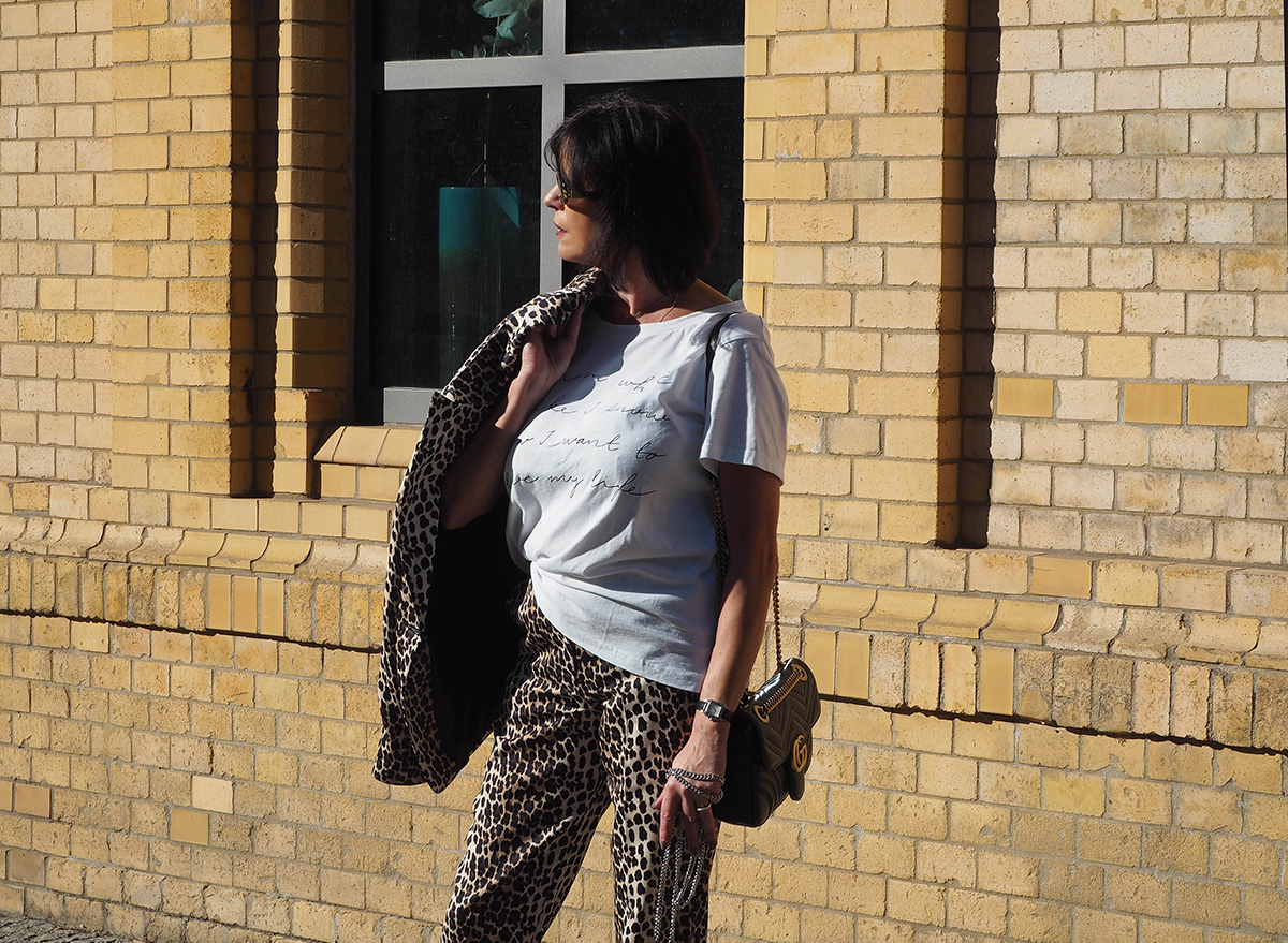 Just-take-a-look Berlin - Mädelstag mit Beauty und Fashion - Outfit Animal Print for Fall-9.1