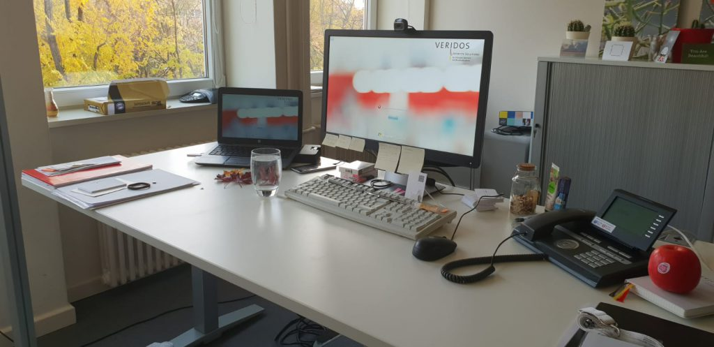 Just-take-a-look Berlin Blazer im Büro 2