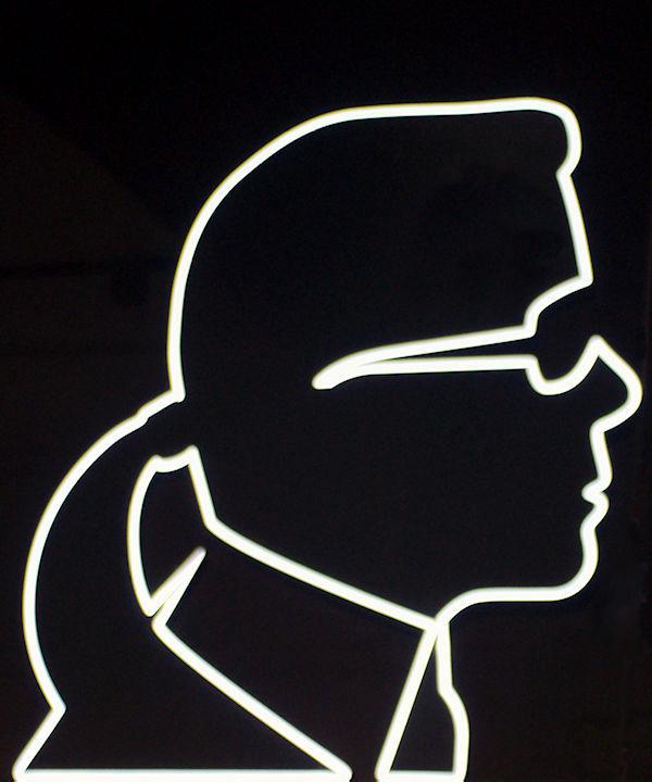Just-take-a-look Berlin Karl Lagerfeld _edit_jpg1_1