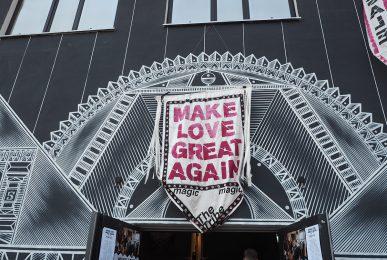 Just-take-a-look Berlin - Make Love Great Again - Designer Sale 13