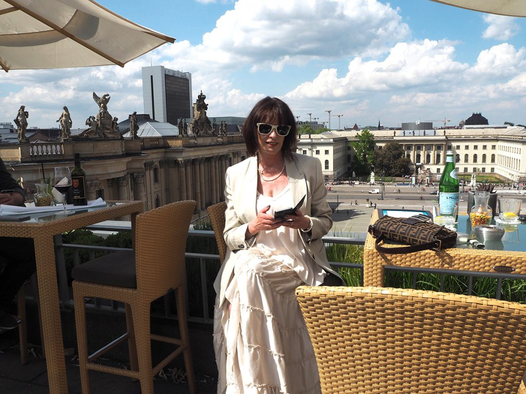 Just-take-a-look Berlin - Outfit Rooftop Hotel de Rome-19.1
