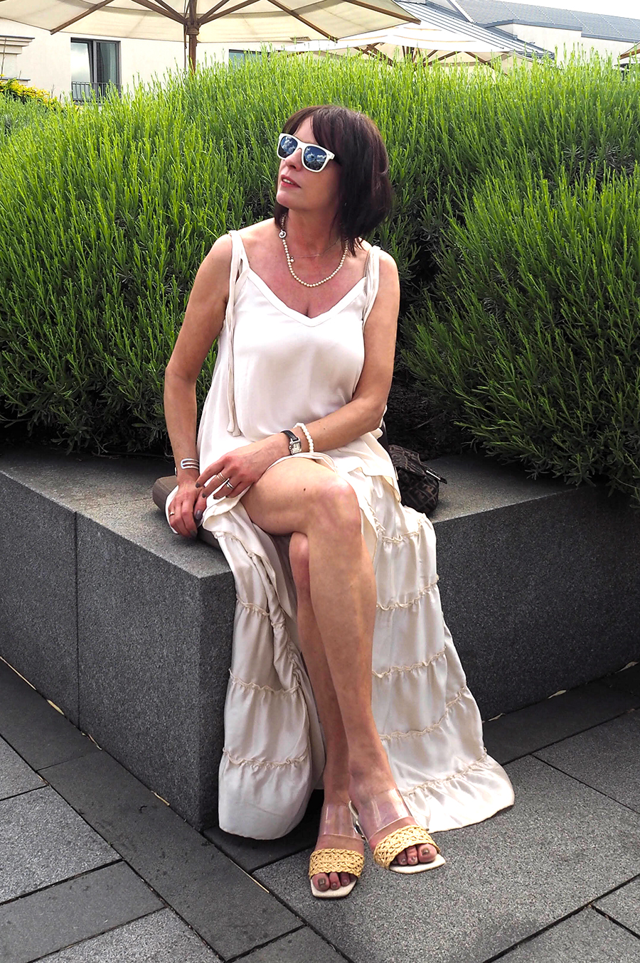 Just-take-a-look Berlin - Shades of Summer Outfit Rooftop Hotel de Rome-3 Kopie