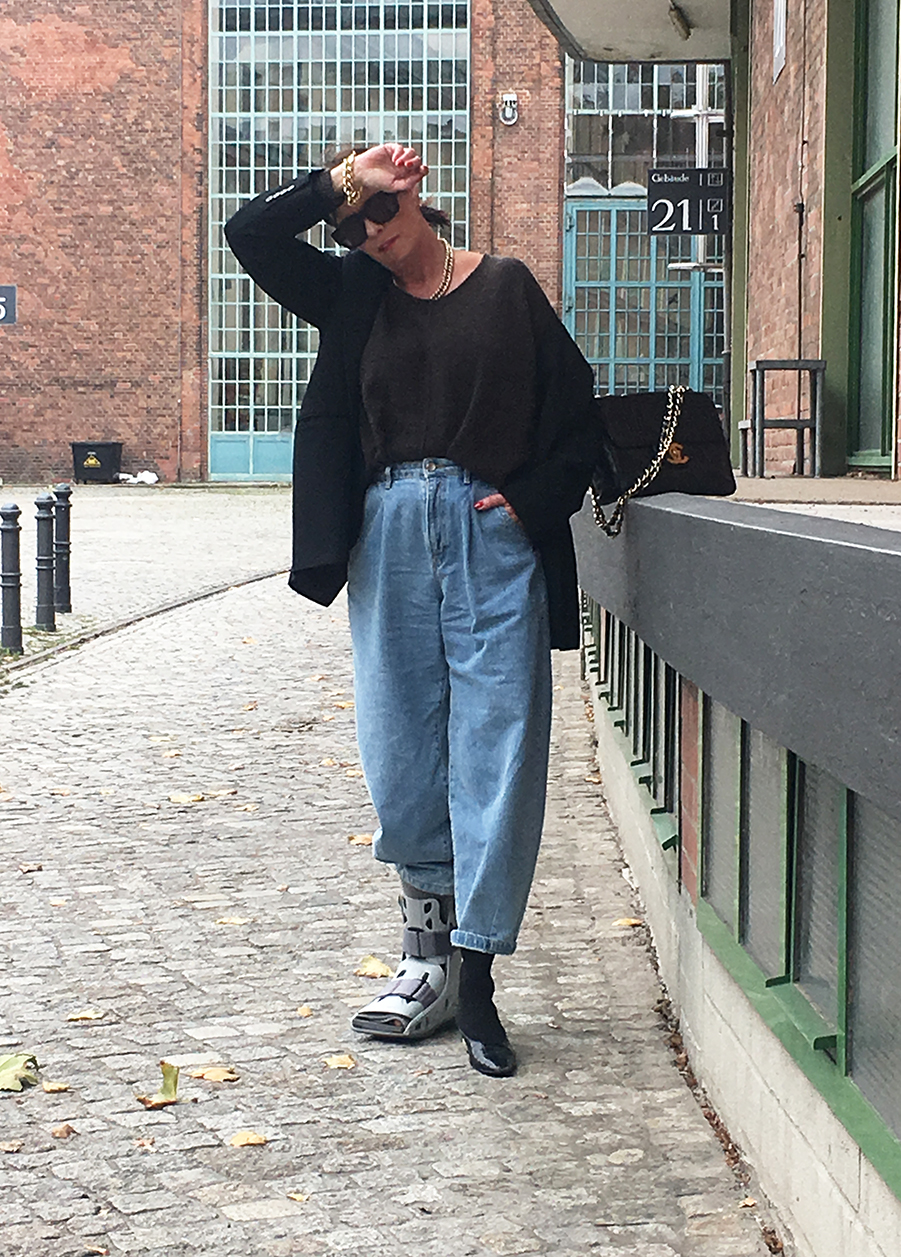 Just-take-a-look Berlin - Jeans Outfit 4