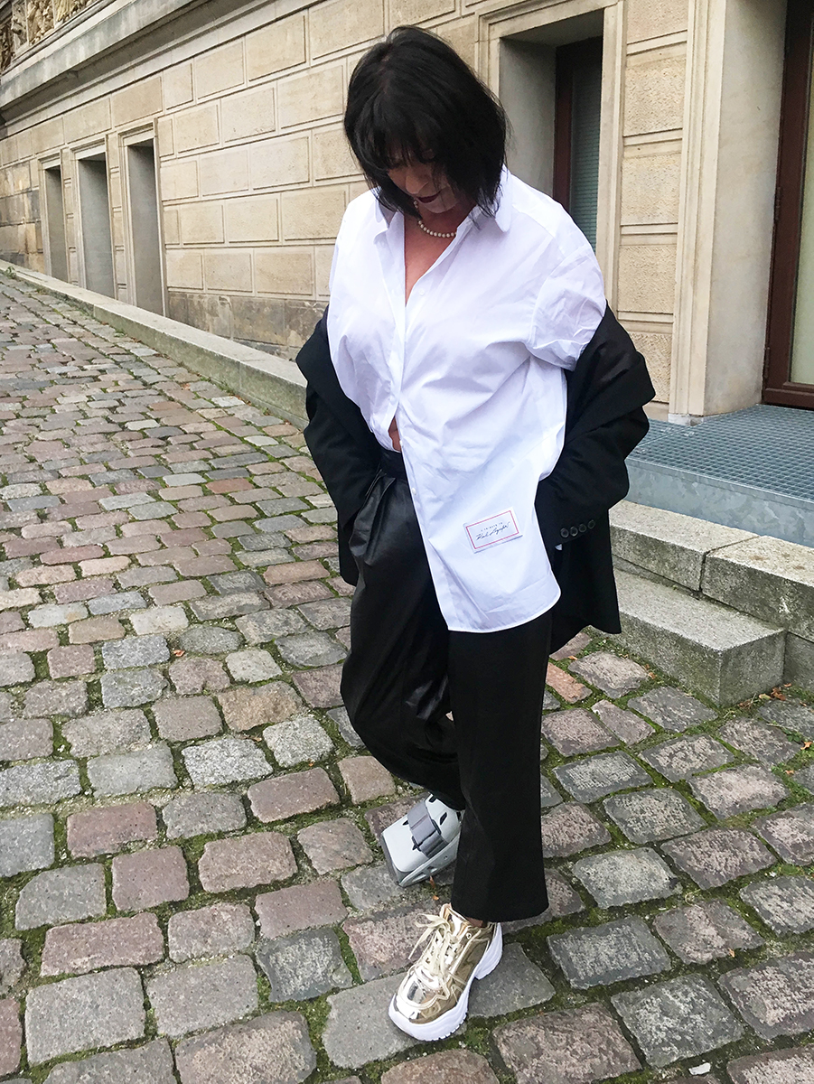 Just-take-a-look Berlin - Outfit Karl Lagerfeld-2