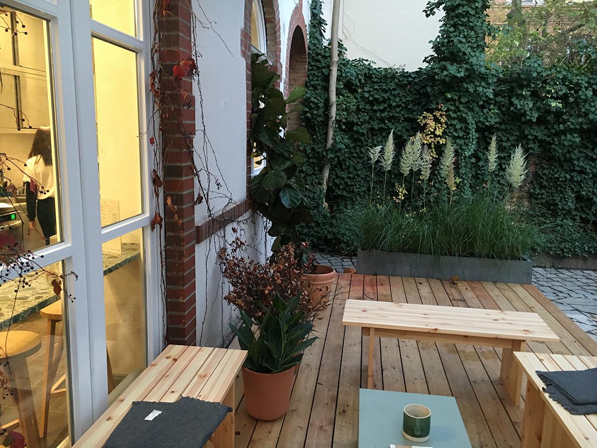 Just-take-a-look Berlin - Mitte Garten H&M 9