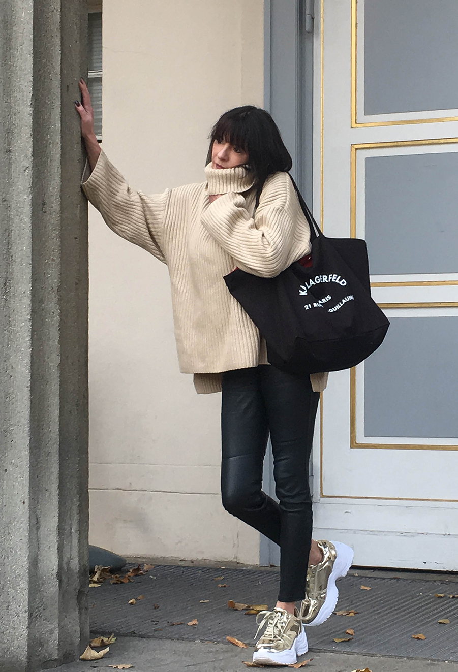Just-take-a-look Berlin - Outfit Kuschelstrick-9 Kopie