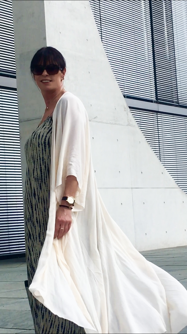 Just-take-a-look Berlin - Spree - Outfit Kimono