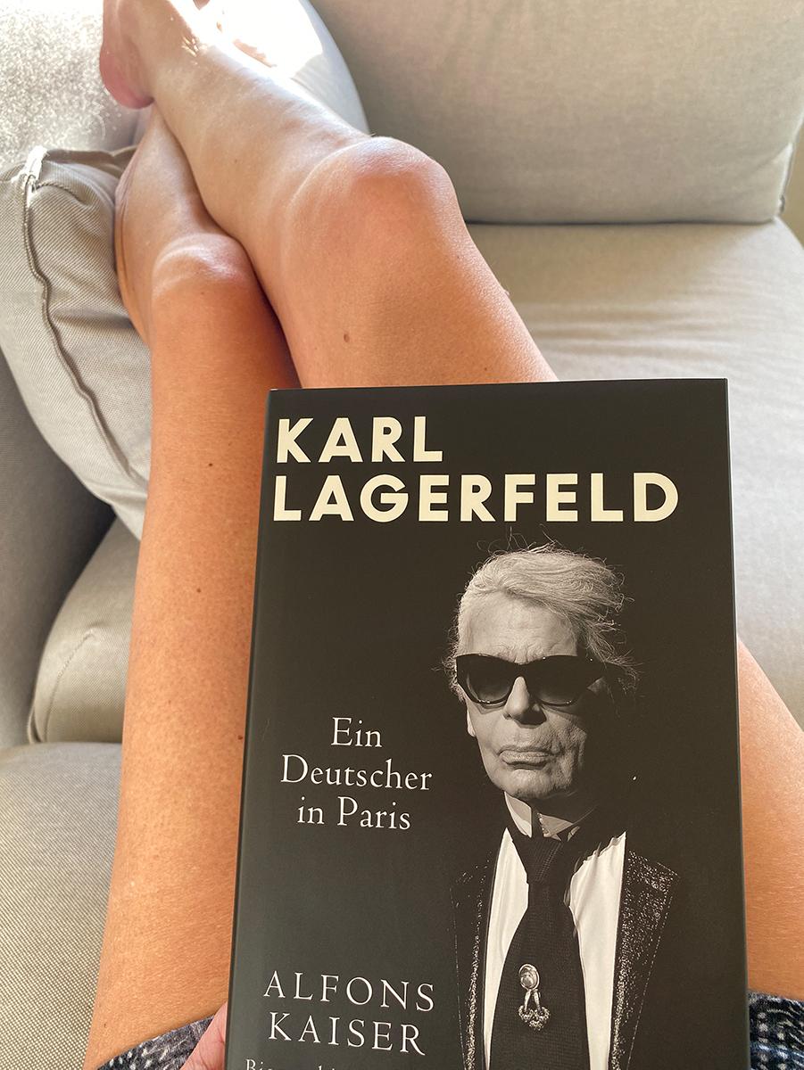 Just-take-a-look Berlin - Biografie Karl Lagerfeld 1