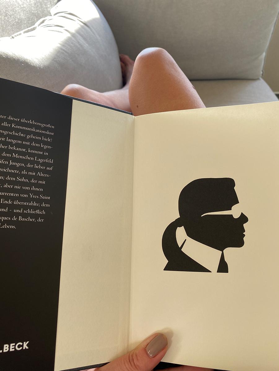 Just-take-a-look Berlin - Biografie Karl Lagerfeld 2