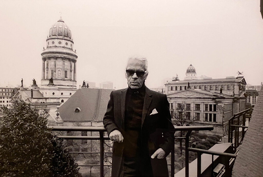 Just-take-a-look Berlin - Karl Lagerfeld Ausstellung - Hotel de Rome_-2.2