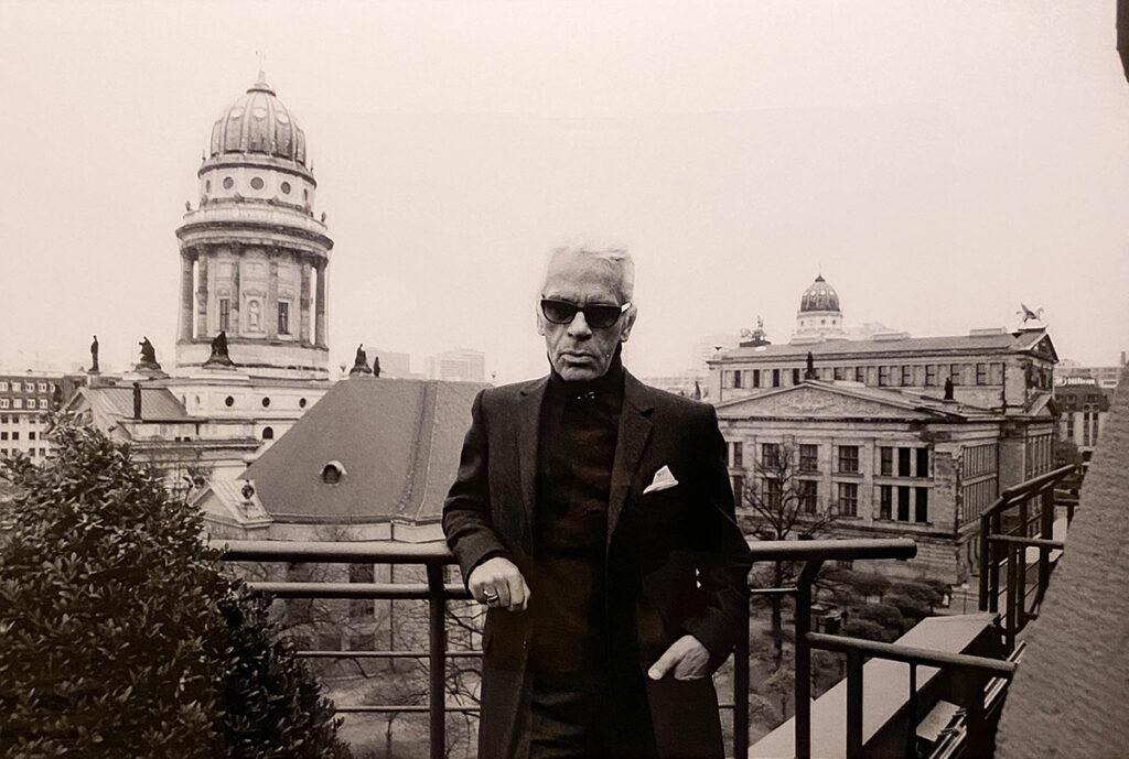 Just-take-a-look Berlin - Karl Lagerfeld Ausstellung - Hotel de Rome_-2.2