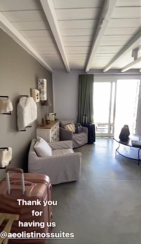 Just-take-a-look Berlin - Aeolis Tinos Suites