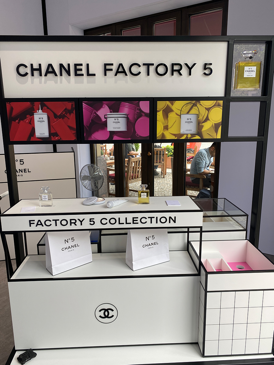 Just-take-a-look Berlin - Chanel Factory 5 - 13